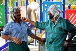 عمال الأحواز يواجهون الطرد من وظائفهم واستبدالهم بالفرس