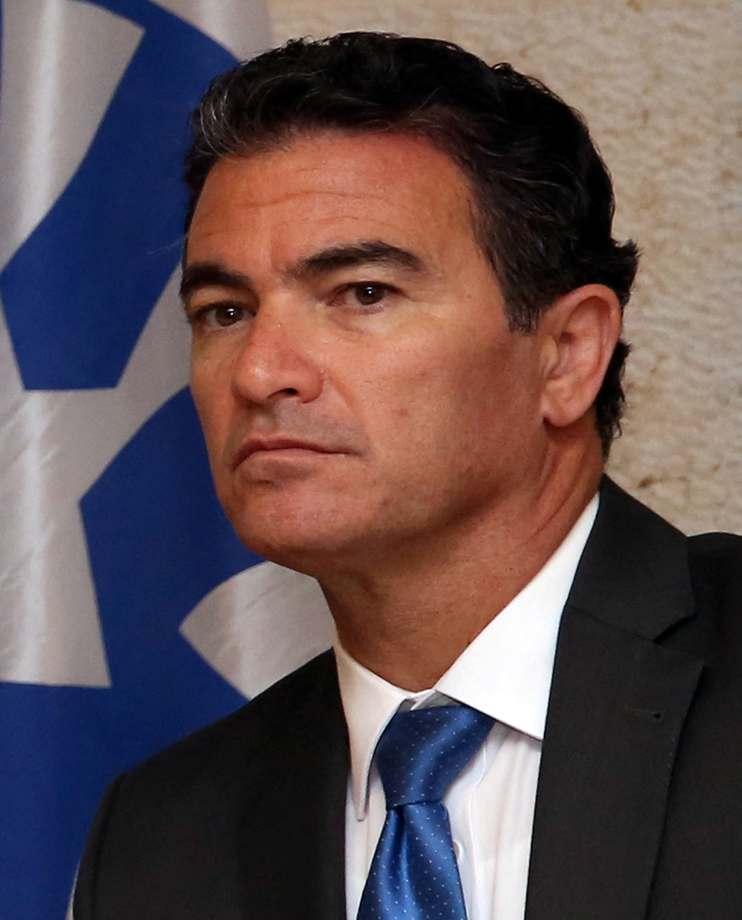 رئيس الموساد السابق يوسي كوهين